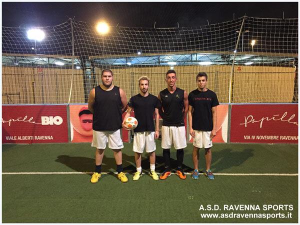 calcio in gabbia - squadra 8